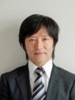 写真: 総務・人事本部 総務部 CSR・環境推進室 室長 飯塚 一仁